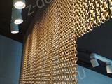 Металлические шторы для салона красоты
