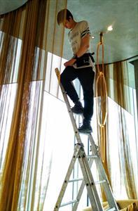 Изготовление металлической шторы -перегородки из декоративной круглой сетки