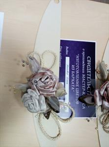 Подхваты для штор и аксессуары с цветами или декором