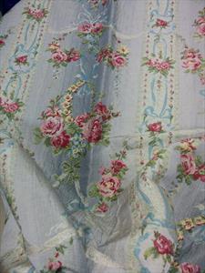 Изысканная ткань с розочками, цвета в ассортименте