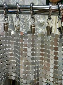 Изготовление штор и перегородок из металлической ткани